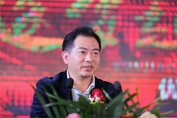 北汽鹏龙(天津)进出口有限公司领导赵贺峰先生